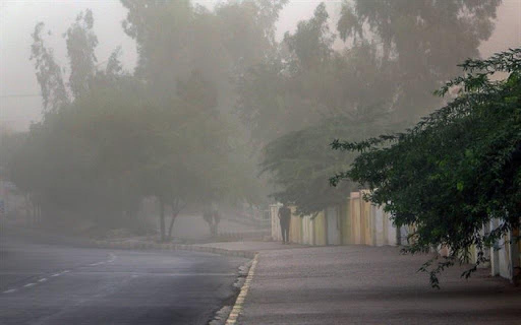 وزش باد شدید و وقوع گرد و خاک در برخی استانهای کشور